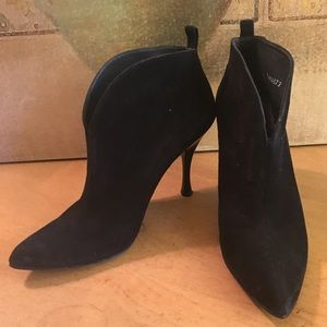 Stuart Weitzman Suede Ankle Boots Booties 5.5 M